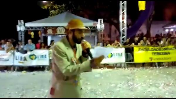 Repórter Cabôco anuncia grande vencedora da Cidade Junina 2017
